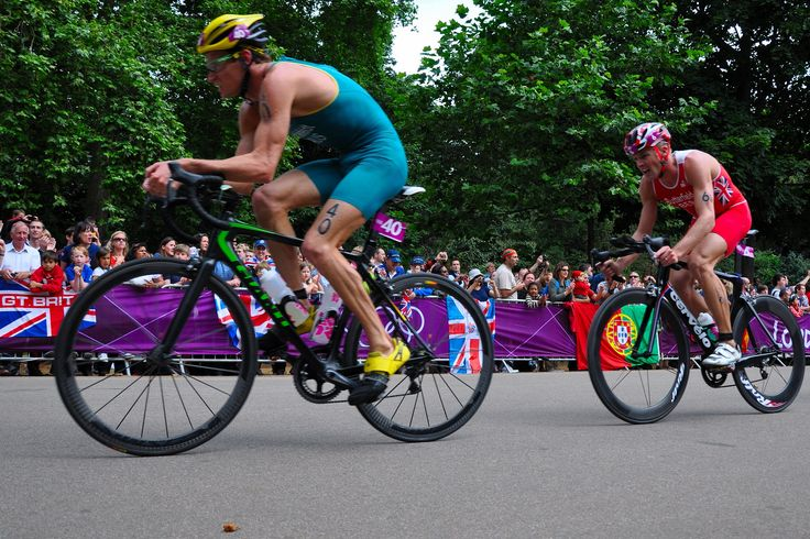 Cyclists taking part in london triathlon race